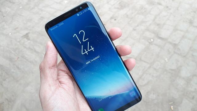 Védi a telefont a Samsung tok
